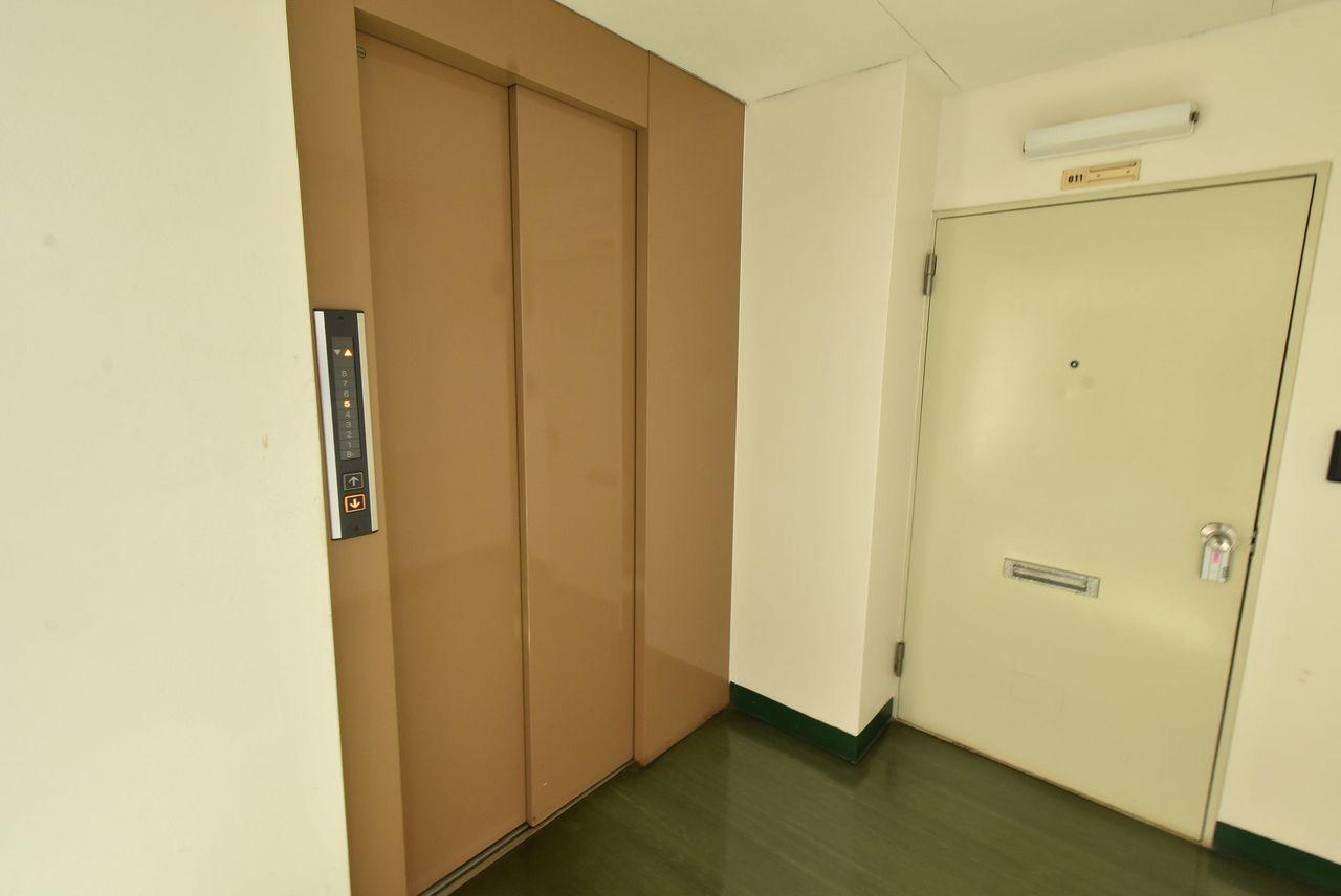 6階のお部屋だけどエレベーターあるから大丈夫 2基あるよ